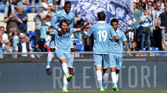 Serie A: ¡10 goles y locura en el Lazio-Sampdoria! | Marca.com http://www.marca.com/futbol/liga-italiana/2017/05/07/590f39e1e2704e11688b45a9.html