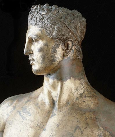 Detail of bronze statue of Hercules Gilded bronze. 2nd century B.C. Roman, based on Greek models from the 4th century B.C. Height: 2.41 m (7 ft. 10 3/4 in.). Found in the Forum Boarium, Rome, 15th century. Palazzo dei Conservatori, Capitoline Museums, Rome.