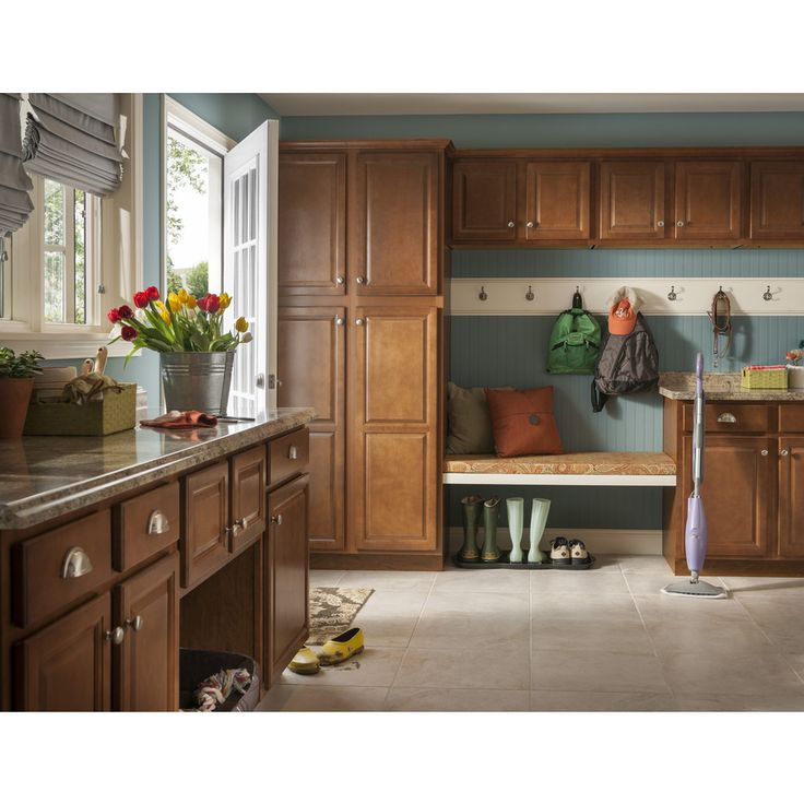 Lowes Cheyenne Kitchen Cabinets: Bench And Pantry Cupboard Shop Kitchen Classics Cheyenne