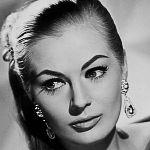 шведская актриса и модель Анита Экберг