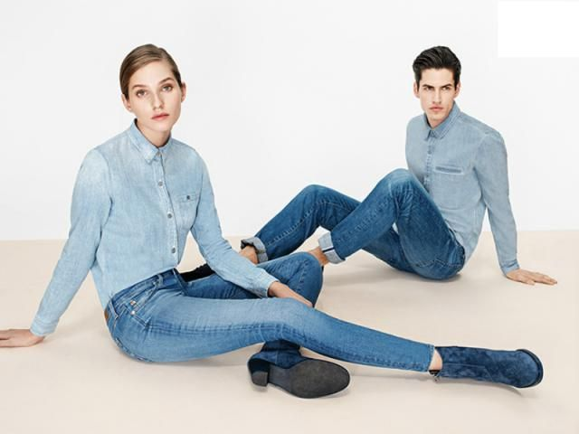 Learn how to wear double denim fashionably now, with outfit ideas and fashion tips to help you look up-to-date in denim on denim outfits.