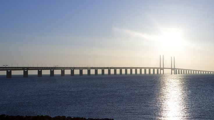 Øresundsbroen skal males - det vil ta 13 år - Aftenposten