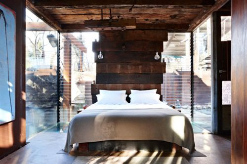 Wood and light.  Perfect bedroom?    callignee/grand designs australia  via: rhiannonslatter