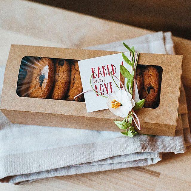 Очень очень люблю упаковывать, причем все, поэтому с радостью сделала для @ellecraftstore обзор по упаковке выпечки, надеюсь и вам понравится. #печеньки #упаковка #giftwrap #pebbles