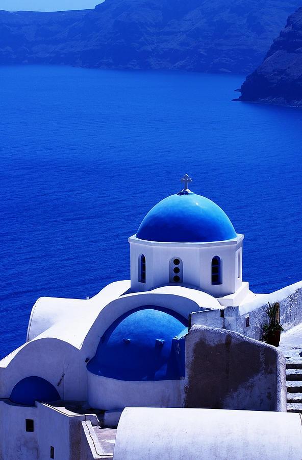 Best 25 greek blue ideas on pinterest annie sloan for Santorini blue paint