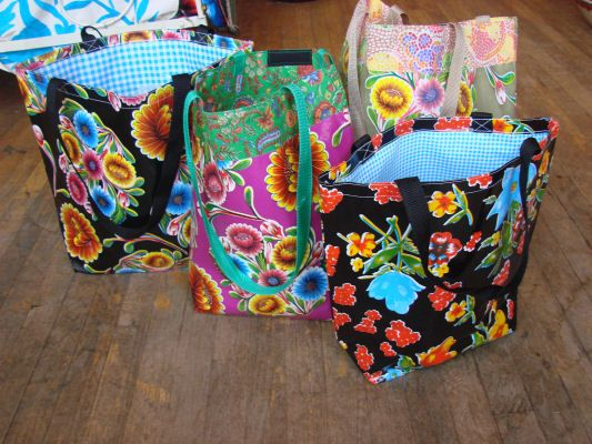 Oilcloth Bag Oil Cloth Mexican Ping Bags Lamariposa Imports Sewing Projects