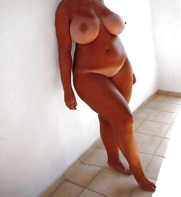 How Busty line tan