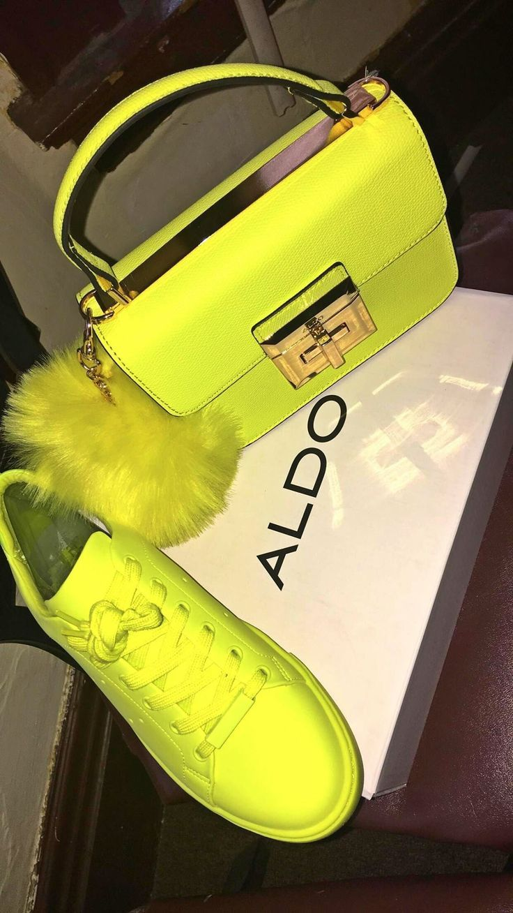 Beverly Hills Neon Yellow Flat Sandals