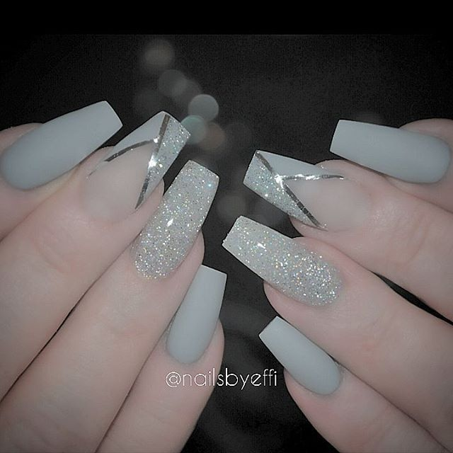 Matte grey with glitter and stripes  |  @  nails 2