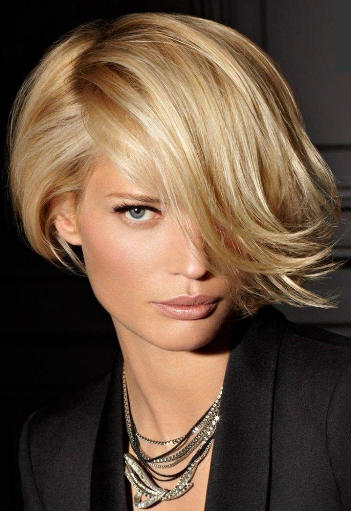 Peinados con flequillo recto, lateral. Flequillos a un lado, de colores, asimétrico, graduado. Como elegir un flequillo según la forma de la cara. Fotos.