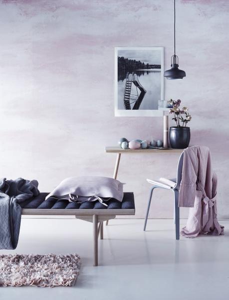 pink wallpaper, styling Anna-Kaisa Melvas, photo Piia Arnould / Glorian Koti