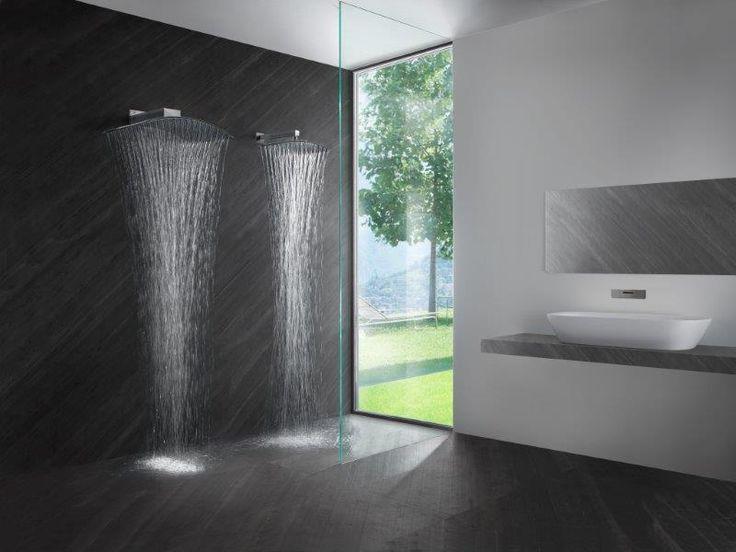 PLUVIA e MINI PLUVIA di Tender Rain. Soffioni doccia disegnati da Luca Scacchetti.