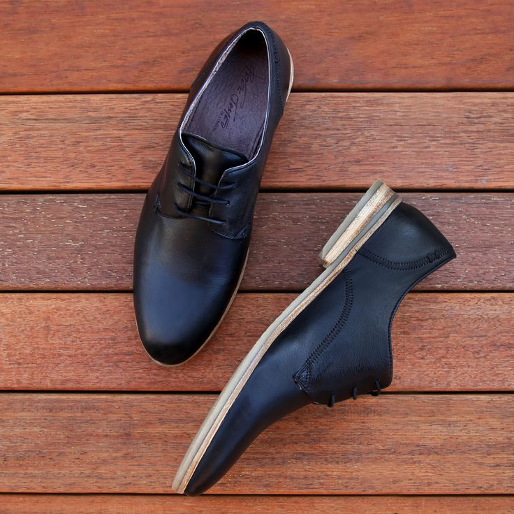 Tick all the style boxes with the Peter James 'Percy' black leather lace-up dress shoe. Shop: https://www.shoeconnection.co.nz/mens/shoes/dress-shoes/peter-james-percy-lace-up-dress-shoe?c=Black