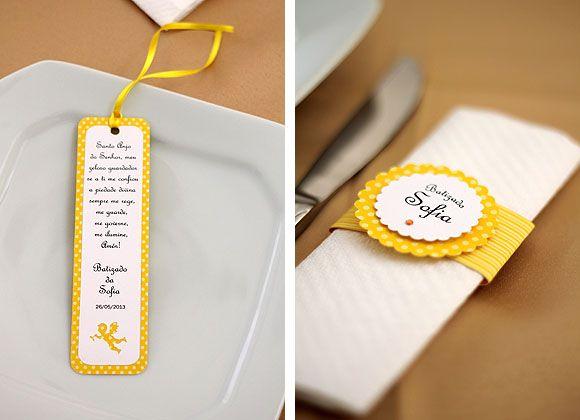 Batizado Amarelo e Branco - Marca Livro e Guardanapo (ver site todo)