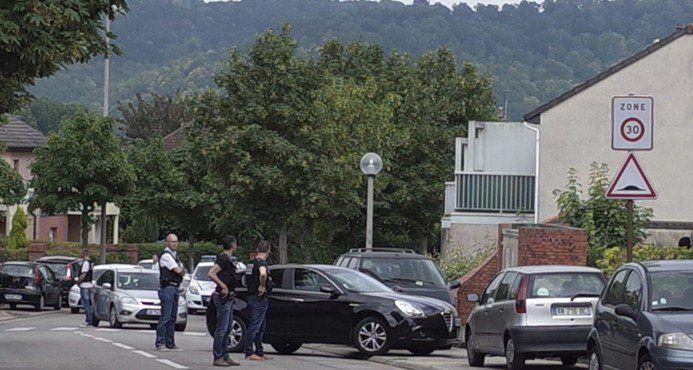 Matan a sacerdote en iglesia de Francia, Estado Islámico reivindica ataque