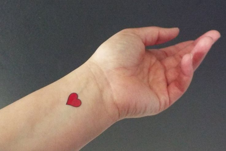 5 Temporary Tattoos Small Red Hearts / Fake Tattoos / by Junylie