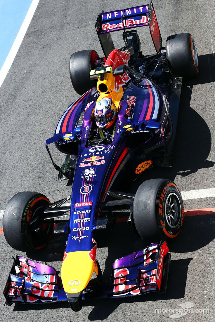 2014 Daniel Ricciardo, Red Bull Racing RB10 - Position 3rd - Points 238 #britairtrans #f1