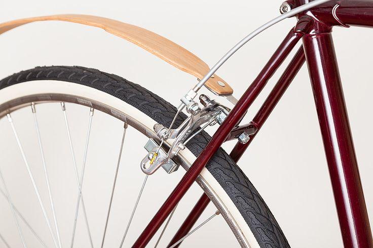Chlapacz, tylny błotnik do rowerów miejskich - wykonany z drewna - CITY B 060