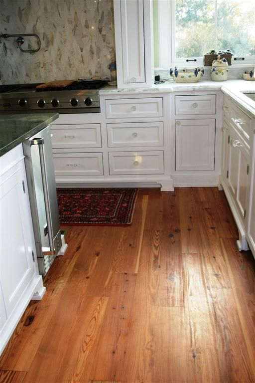 Hardwood floors - Best 25+ Pine Wood Flooring Ideas On Pinterest Pine Floors, Pine