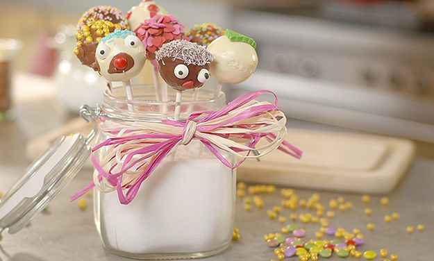 Need a cute cake pops recipe? Try this amazing Stork recipe for a delicious baked treat today. Stork - Love to Bake.