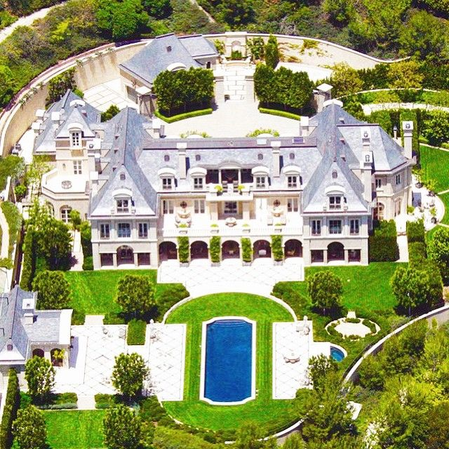 Big Houses In Los Angeles California: Denzel Washington's Massive Beverly Hills Estate.