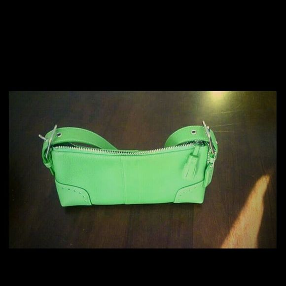 Super Cute lime green coach purse Excellent used condition Coach Bags Shoulder Bags