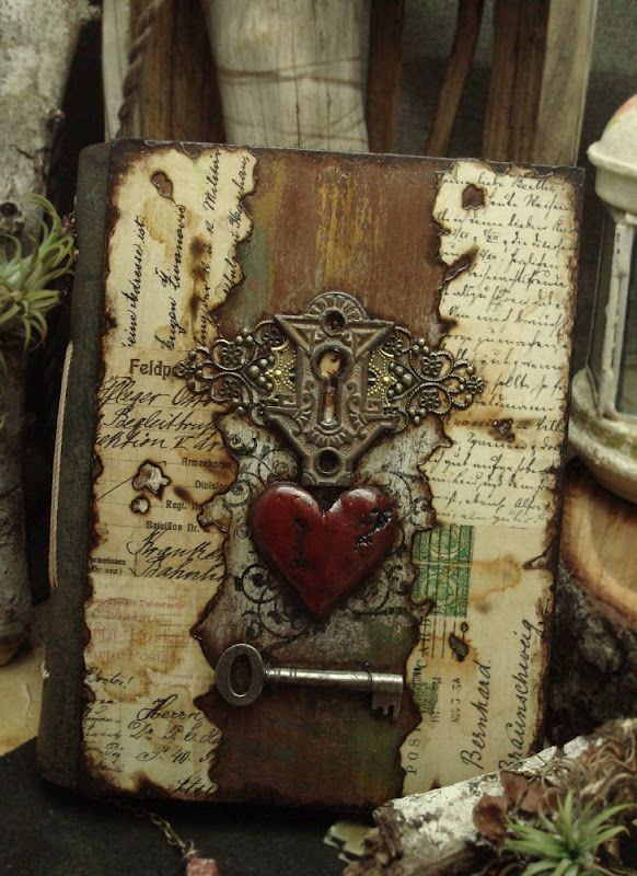 Beautiful altered journal.: Journals Covers, Art Journals, My Heart, Mixed Media, Altered Books, Altered Alchemy, Books Of Shadows, Altered Journals, Handmade Journals