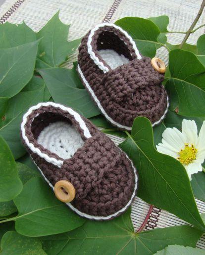 Zapatitos de ganchillo para bebé