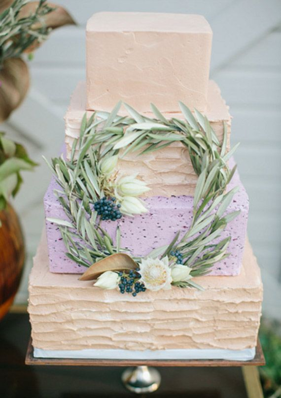 Like the texture on the bottom and second tier. Hate the wreath situation.