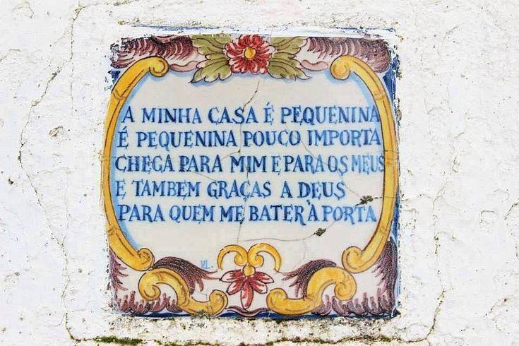 A arte do azulejo... e a sabedoria popular. Portugal