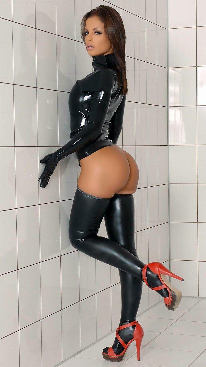 Fille Sexy Dans La Mini-jupe Image stock - Image: 7456213