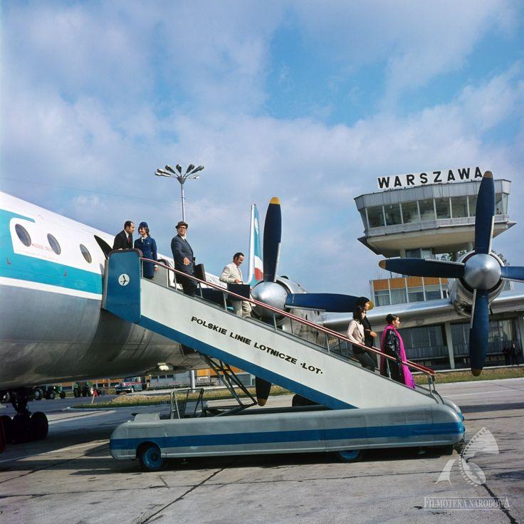 Lotnisko Okęcie 1971  #warszawa #warsaw #poland #lotnisko #samolot #okęcie #podróż