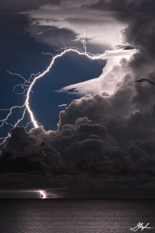 Best Art Photos Images On Pinterest Nature Landscapes And - A lightning storm synchronised with dramatic music