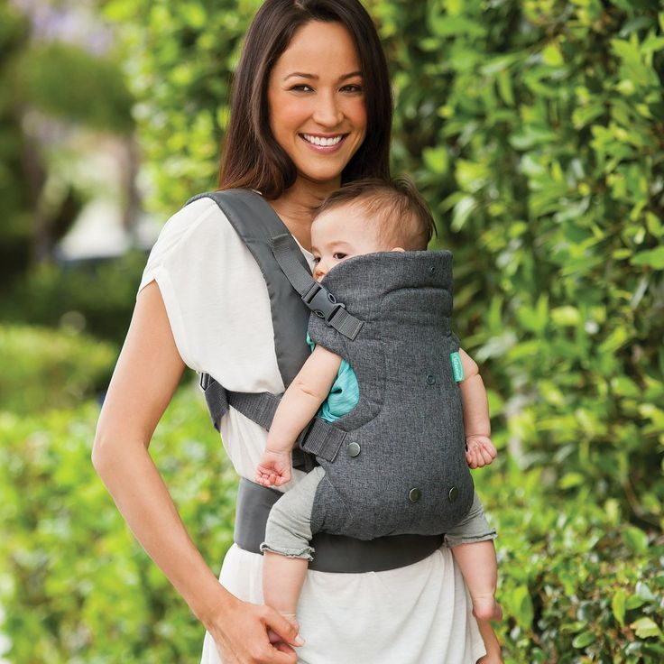The Flip Advanced baby carrier's unique, convertible seat makes this the ideal ergonomic baby carrier for infancy through toddler years.