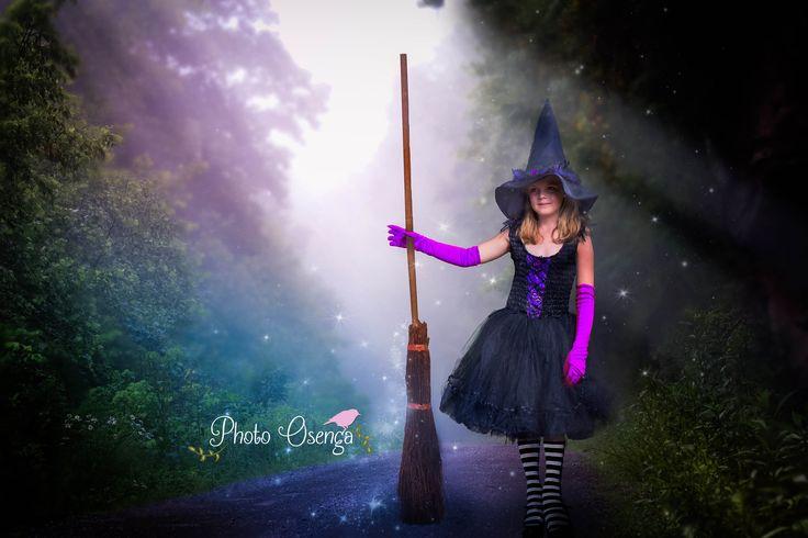 Halloween - Happy witch