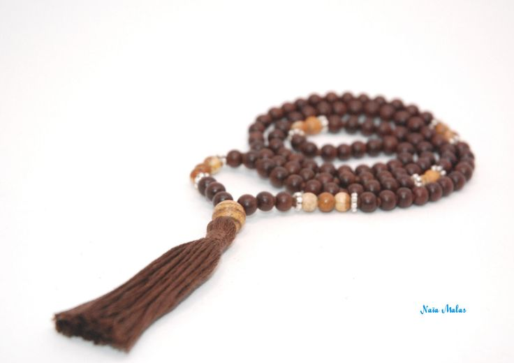 SACRED EARTH MALA – Handknotted 6mm picture jasper and magkuno wood 108 beads mala – Yoga inspired – Mala necklace – Japa mala - Meditation de la boutique NaiaMalas sur Etsy