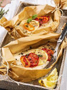 Bream baked in foil - L'Orata al cartoccio è un secondo che porta in tavola il gusto del mare, leggero e ricco di nutrienti grazie alla sua tecnica di cottura! #orataalcartoccio