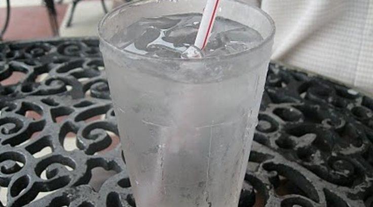 Awas! Minum Air Sejuk Ketika Berbuka Puasa Boleh Menyebabkan Kejang Pada Perut   Setelah seharian kita menahan lapar dan dahaga sudah pasti kita mahu sesuatu yang menyegarkan. Salah satunya adalah dengan mengambil air sejuk. Dengan air sejuk rasanya tubuh akan kembali segar. Tapi tahukah anda apabila kita berbuka dengan mengambil air sejuk kesihatan kita boleh terganggu.  Awas! Minum Air Sejuk Ketika Berbuka Puasa Boleh Menyebabkan Kejang Pada Perut  Menurut kajian minum minuman sejuk ketika…