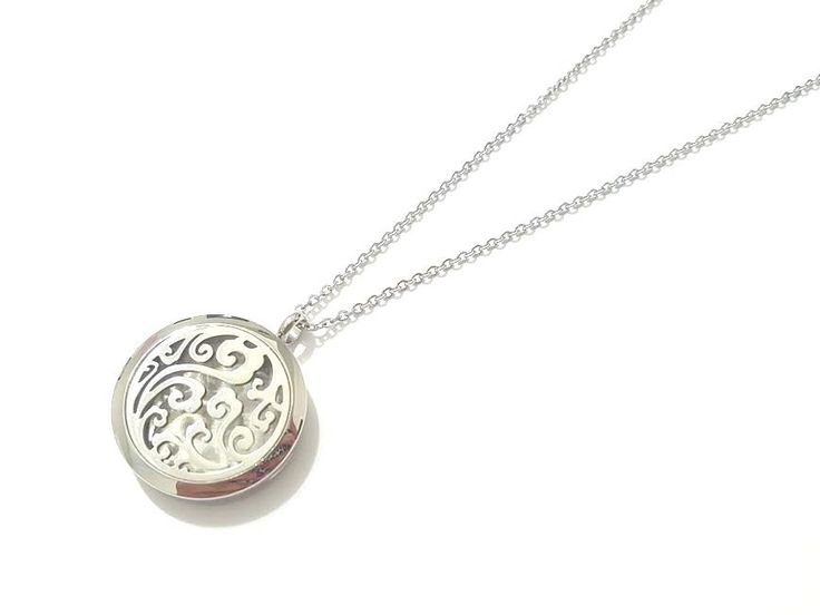 316L Stainless Steel Clouds Round Essential Oil Diffuser Necklace Aromatherapy #Unbranded