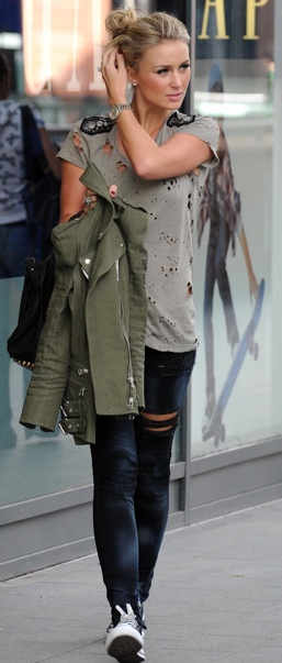 Alex Curran Gerrard. style :) love this outfit