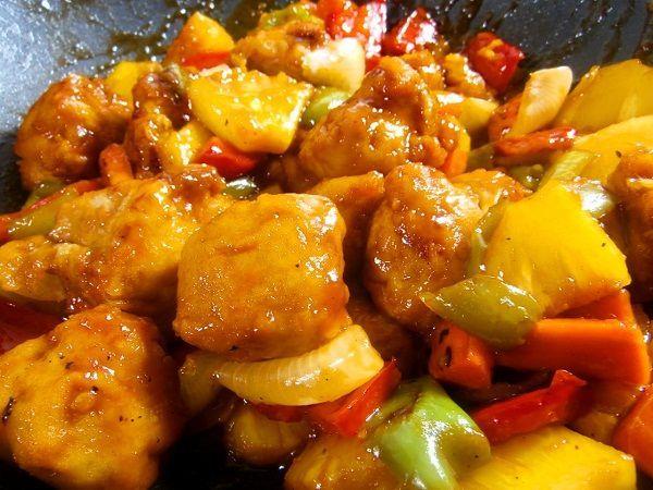CERDO AGRIDULCE CHINO - ¿Has comido alguna vez en un restaurante chino el cerdo agridulce? Es una de las recetas chinas más populares que tenemos en occidente. Te presento esta receta de cerdo agridulce casero.