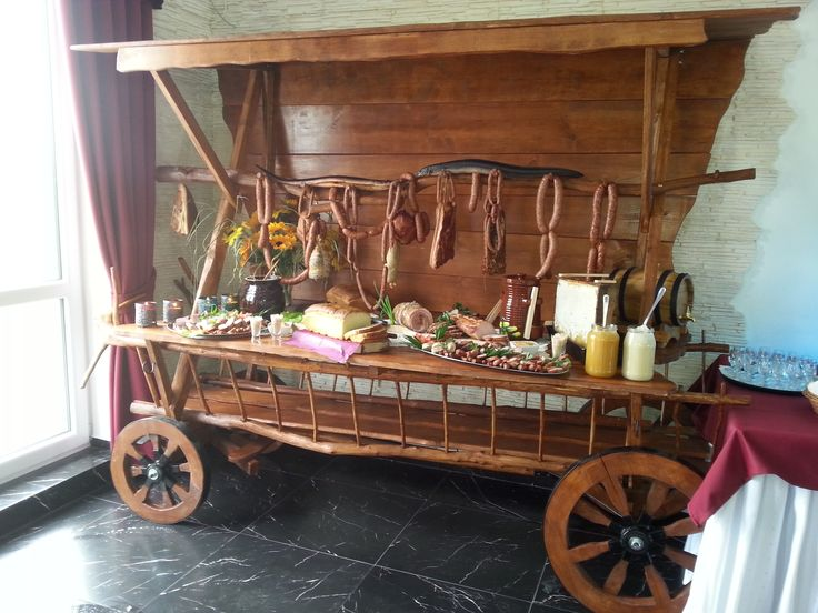 Stół wiejski Pawie Oczko, sala weselna Tylice/Nowe Miasto Lubawskie  #wedding planner #pawieoczko  http://pawieoczko.eu/