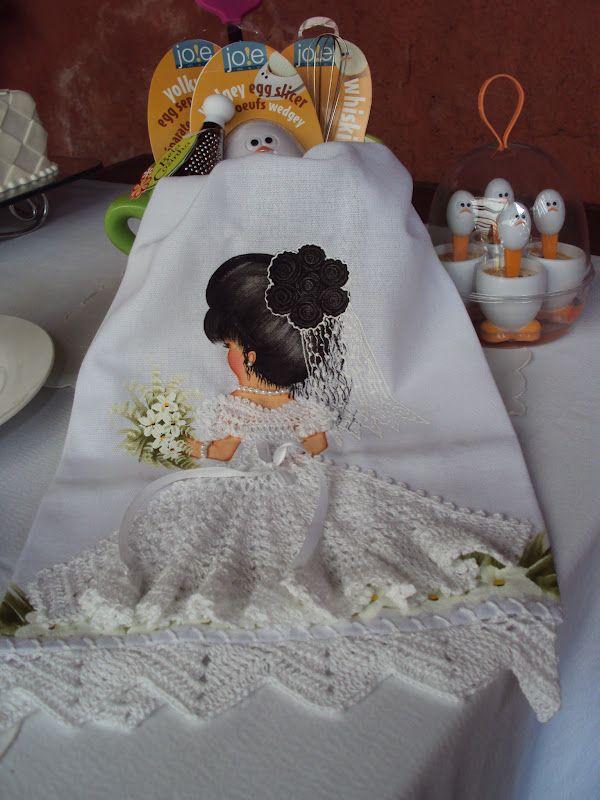 Cinária Mendes: Noiva de crochê no pano de prato