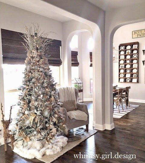 whimsy girl: Holiday House Walk {Part 1}: Flocked Christmas tree with neutral decor, gold and silver ornaments and fur tree skirt.