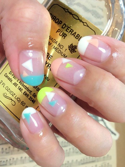 Neon tips and triangles #nails
