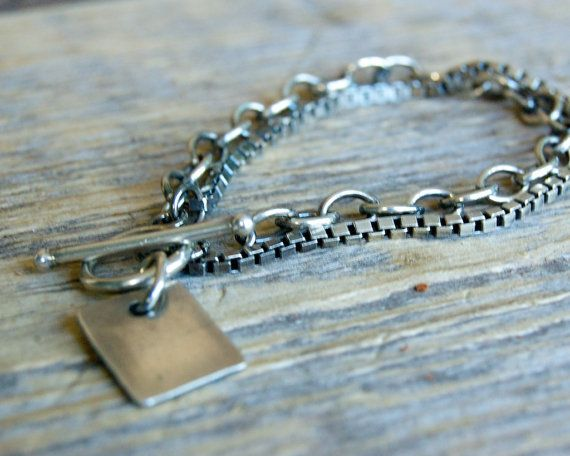 Echt Zilveren Armband met handgestempelde hanger door MrsFoxPieces