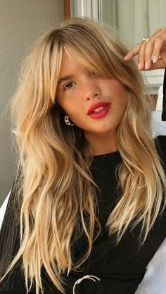 35 Stunning Long Hairstyles For 2019 With Images Long Fringe Hairstyles Hair Styles Long Hair Styles