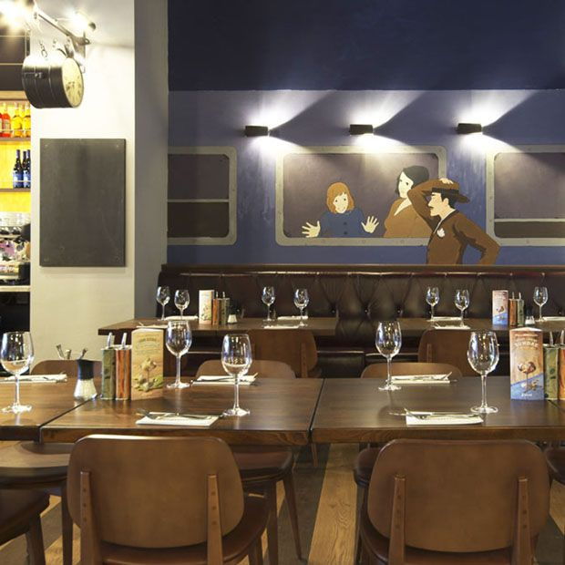 Featuring design work by Ricardo Bessa | Zizzi Manchester Piccadilly, 2014