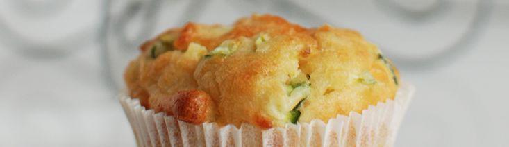 <p>Met kerst had ik als probeersel eens hartige muffins gemaakt met courgette. De reacties waren unaniem: dit moet op je site! Natuurlijk gingen ze als een speer op en moest ik ze dus opnieuw maken. Het recept is gebaseerd op het basisrecept voor muffins dat …</p>