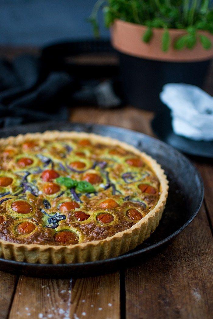 Tomaten-Basilikum-Mozzarella-Tarte: Sommer zum Abendessen - Knusperstübchen
